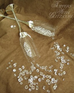 Crystalled Server Set and Crystal Toasting Flutes Close Up
